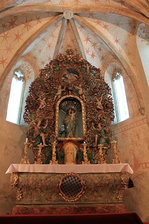 Kostel Zvěstování Páně v Dobrši smariánskou poutní sochou