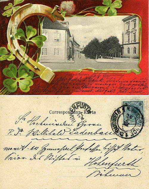 """Jemu do Vyššího Brodu adresovaná pohlednice ze srpna 1902 zachycuje vpravo v ústí českobudějovické Lannovy třídy tzv. """"Vyšebrodský dům"""""""