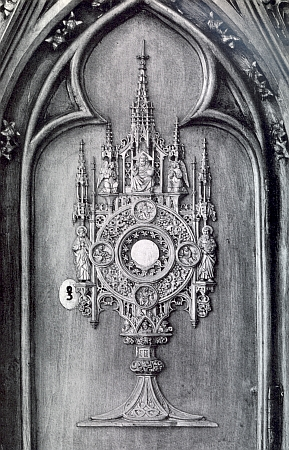 Reprodukce dvou Rintových řezeb z kaple v Nezamyslicích zestránek čtvrtletníku Institutu Adalberta Stiftera v Linci