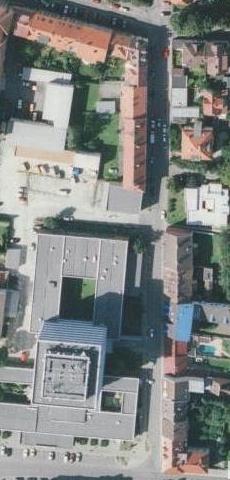 Vzhled ulice se podstatně změnil v sedmdesátých letech 20. století, kdy byla na místě části původních domů postavena Poliklinika Jih (letecké snímky z let 1952 a 2008)