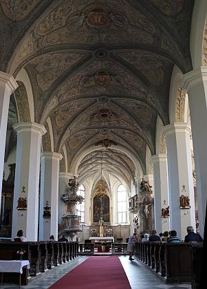 Kostel sv. Václava v Mikulově, kde byl proboštem v letech 1886–1909