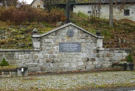 Památník padlých v první světové válce v Lenoře