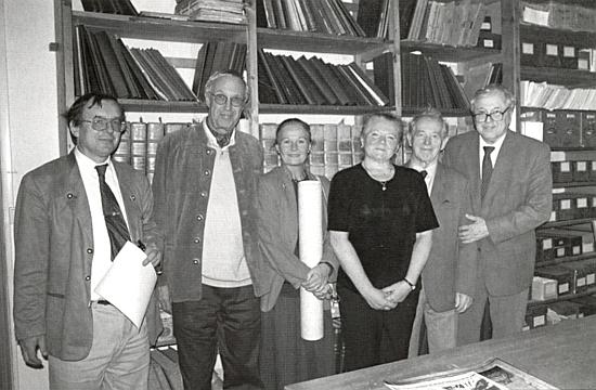 Se svou ženou Evou-Marií je tu Fritz Lange ten druhý zleva