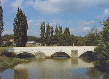 ... a jejich gotický most přes řeku Radbuzu
