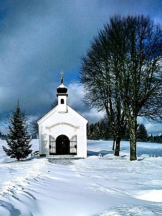 Pamětní kaple Pohoří na Šumavě v blízkém Stadlbergu