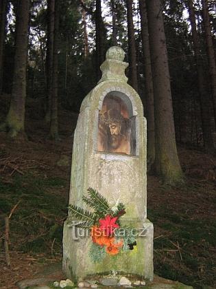 Boží muka při cestě nad Malší z Ješkova dodnes zcel zaniklých Benčic (Wentschitz)