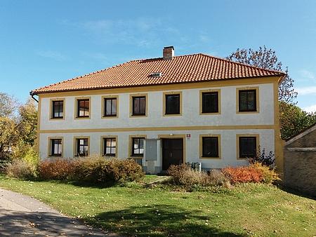Budova bývalé chrobolské školy
