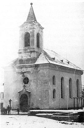 Už během první světové války byly zvitěšovické kostelní věže sňaty zvony, jak to zachytil vzácný snímek