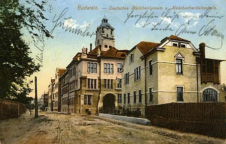 Bývalá českobudějovická německá dívčí škola, jeho poslední učitelské působiště