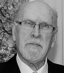 Jeho portrét z webu nakladatelství Akazia