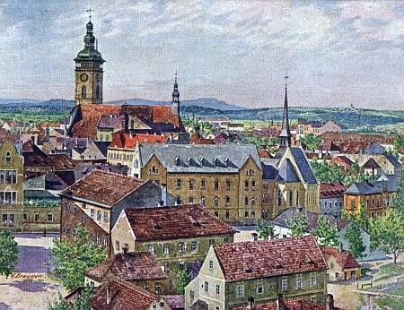 """""""Royal Bio"""" ještě mezi stromy na Senovážném náměstí, jak jeho budovu zachytila pohlednice Gustava Braunera"""