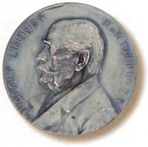 Líc pamětní medaile z roku 1904 s jeho poprsím
