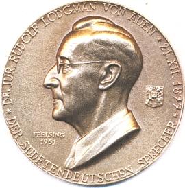 Medaile Arnolda Hartiga (1878-1972) spodobiznou prvního mluvčího krajanského sdružení