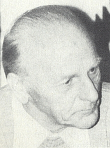 Jeho otec Alois, narozený v Horní Plané 8. prosince 1908, zemřel ve Spolkové republice 9. prosince 1986