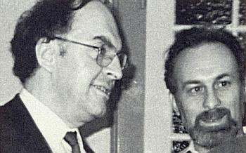 Ve funkci tiskového mluvčího krajanského sdružení je tu zachycen koncem osmdesátých let minulého století s Franzem Neubauerem