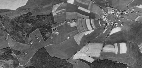 ... a Posudov na leteckých snímcích z let 1949 a 2008