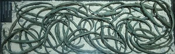 Depot kovových žeber z doby bronzové, nalezených u Hochwaldu, je od roku 2020 součástí stálé expozice Jihočeského muzea v Českých Budějovicích - jedná se o největší nález tohoto druhu na území ČR (původně jich bylo 165, podle jiného pramene až 300, do současnosti se dochovalo 116 získalo českobudějovické muzeum a 3 českokrumlovské)