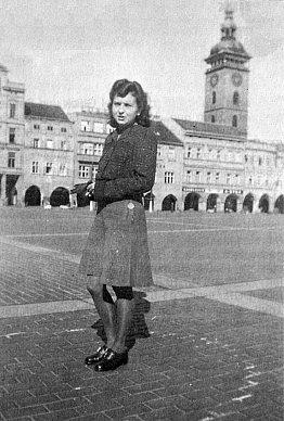 Na českobudějovickém náměstí vroce1942