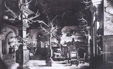 Lovecký sál na zámku v Oberfrauenau
