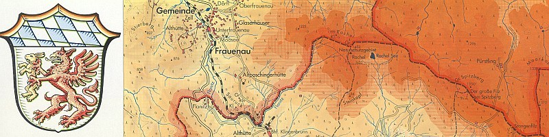 "Mapa s okolím Frauenau a znakem ""starobavorského"" kraje Grafenau, na němž rudý gryf drží zlatého zajíce"