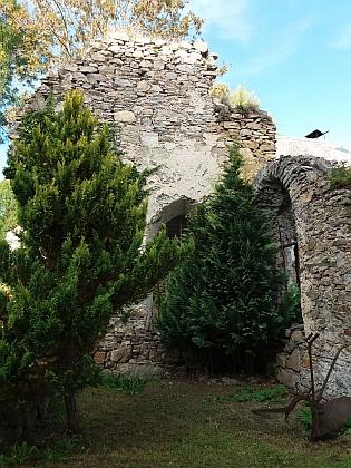 Kostel a klášter v Kuklově v roce 2018