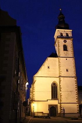 Novohradský kostel sv. Petra a Pavla