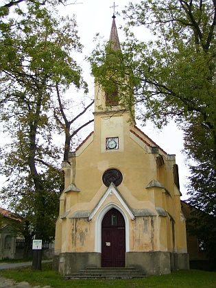 Kaple v rodném Mladém