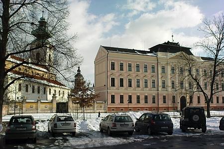 ... a Gymnázium Česká o sto let později (viz i Tassilo Bitzan a Placidus Hammer)