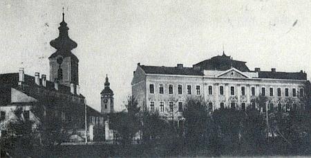 Německé gymnázium v Budějovicích na pohlednici z roku 1906 ze sbírky Reinholda Finka...