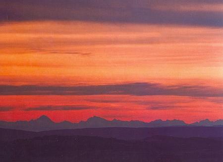 Pohled od vyhlídkového bodu nad Lipenským jezerem na Bavorské Alpy, Watzmann a okolí