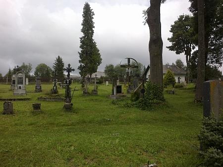 Zasloužil se o obnovu kostela Srdce Ježíšova a hřbitova v Nových Hutích