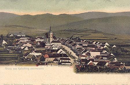 Chvalšiny na staré pohlednici Josefa Seidela, kterou vydal místní nakladatel F. Schlechta