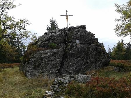 """""""Židovské skály"""" na vrcholu Medvědí hory"""