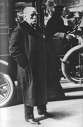 Poslední jeho snímek vůbec, pořízený ve Vídni roku 1912