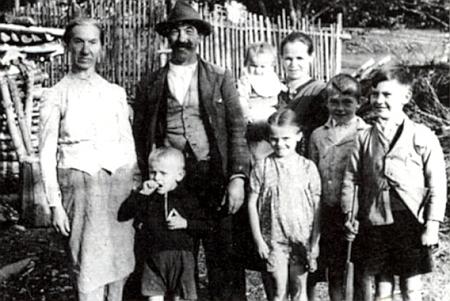 Rodina Greinerova s tetou Franziskou