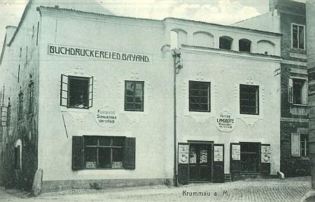 Jiný snímek (1910) sídla českokrumlovské knihtiskárny Bayand a redakce listu