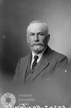 Na snímku z fotoateliéru Seidel, datovaném 29.července 1920
