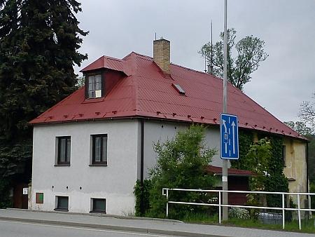 Dům čp. 71/II v Nebahovské ulici, kde v Prachaticích bydlil smanželkou