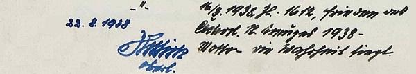 Zápis ve školní kronice s jeho podpisem ze srpna 1938...