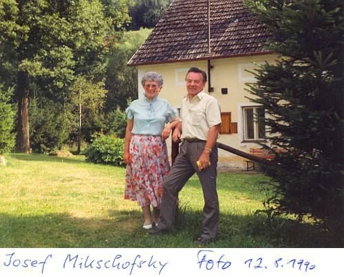 S manželkou v rodných místech