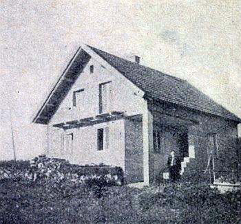 Dům v Egglkofen ještě před dostavbou svědčí o tom, jak se začínalo v nových poměrech
