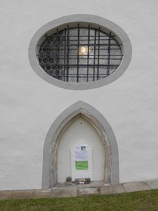 Původní portál kostelíku Smrti Panny Marie