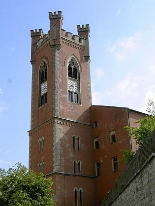 ... a městská věž ve Furth im Wald