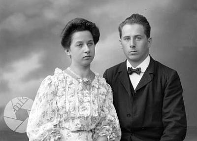 """Obě děti jsou zachyceny i na tomto Seidelově snímku, datovaném 28. srpna 1907 na jméno """"Cernay"""""""