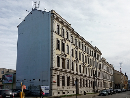 Budova někdejšího německého učitelského ústavu v Českých Budějovicích, dnes sídlo Pedagogické fakulty Jihočeské univerzity