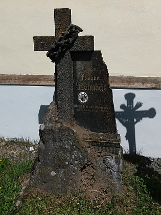 Otcův hrob ve Světlíku