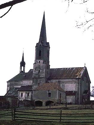 Kostel sv. Jakuba Většího ve Světlíku v roce 1991...