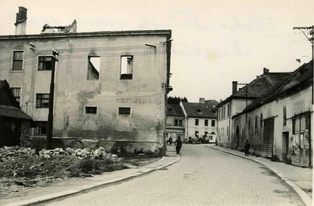 Dva snímky z Vyššího Brodu po roce 1945