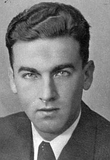 Snímek, datovaný českokrumlovským ateliérem Seidel březnem válečného roku 1942