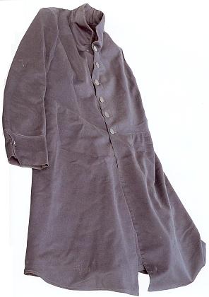 Kabát světcův, zapůjčený ke snímku Kongregací milosrdných sester sv. Karla Boromejského v Prachaticích